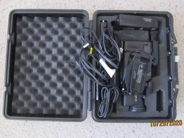 Photo JVC GR-65 videocamplayer - $50 (Los Alamos)