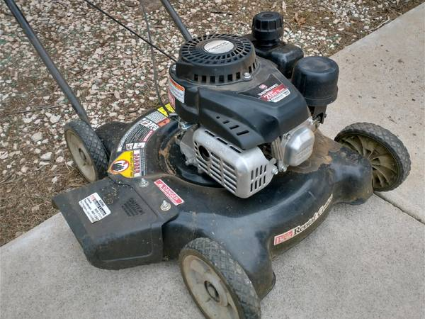 Photo Lawn Mower and Weed Eater - $60 (Clovis)