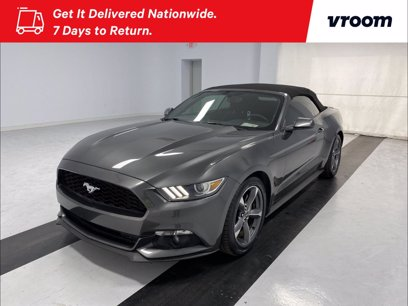 Photo Used 2015 Ford Mustang Convertible for sale