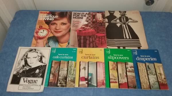 Photo VOGUE, SINGER AND SIMPLICITY SEWING BOOKS (ALL FOR $5) - $5 (NEAR COORS AND PASEO)