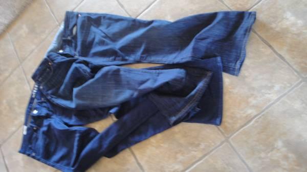 Photo Women39s GAP Boot Cut Jeans - $40 (Albuqurque)