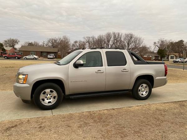 Photo gtgtgt $2,500 DOWN  2009 CHEVY AVALANCHE LT  GUARANTEED APPROVAL  - $2,500 (www.DEPOTAUTOSALES.com)