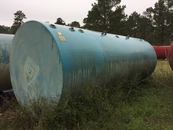 10,000 Gallon fuel tank - $4,500 (Porter)