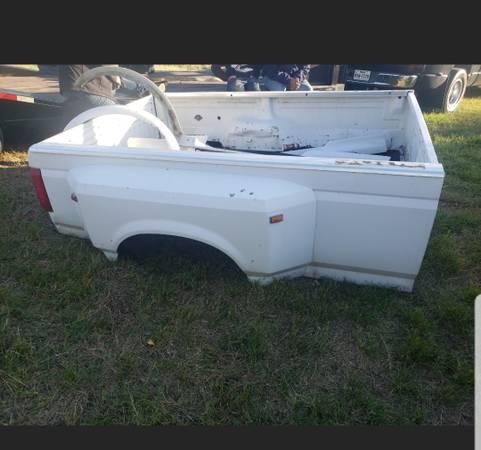 Photo 199039s Ford 1Ton Dually Bed - $800 (Snook Texas)