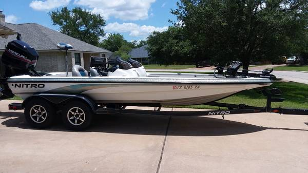 Photo 2004 Nitro bass boat - $25,000 (BryanCollege Station)