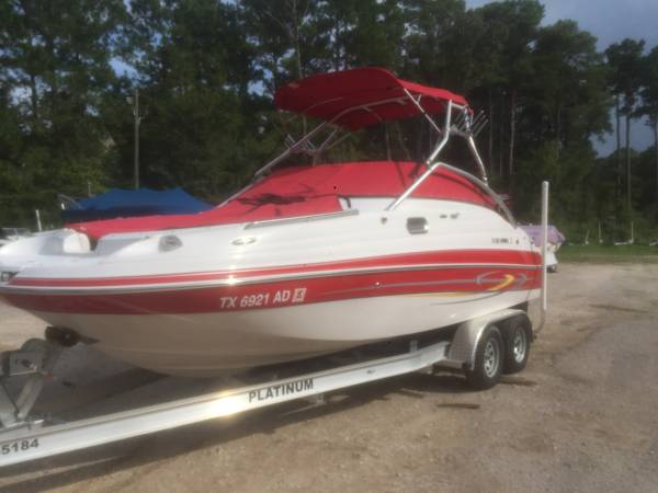 Photo 2005 Fourwinns Funship 214 ski boat - $19,500 (Montgomery)