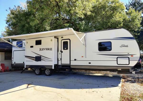 Photo 2015 forest river 37ft 3 slide outs two bedroom - $14,200 (Houston tx)