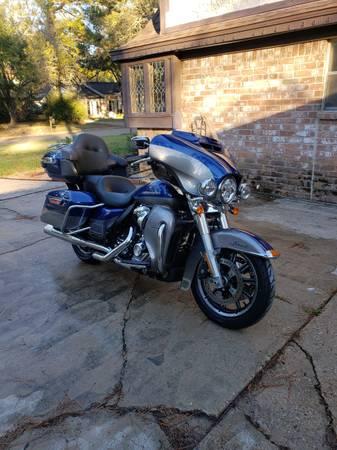 Photo 2017 Harley Davisdon Ultra Classic Limited - $24,000 (Houston)
