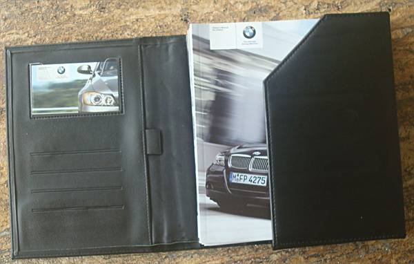 Photo BMW 325i, 325 Owners Manual Package, Window Sticker Included - $25 (College Station)
