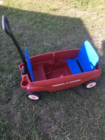 Photo For Sale Red Radio Flyer Wagon - $45 (Brenham , Texas)