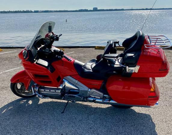 Photo Honda Goldwing - Low Mileage - $8,900 (Clear Lake)