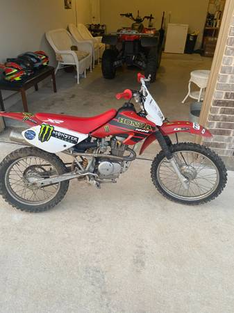 Photo Honda XR100 - $1,000 (Katy)