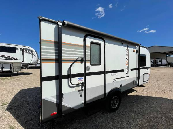 Photo LIGHT WEIGHT SMALL CAMPER2018 FOREST RIVER GEOPRO 17RK - $15,900 (WACO)