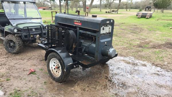 Photo Lincoln SA-200 Welding Machine - $6200 (Madisonville TX)