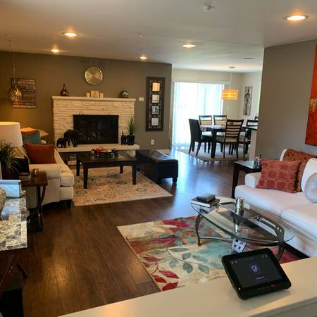 Photo Looking For A Roommate For Private Fully Furnished Bedroom (Houston)