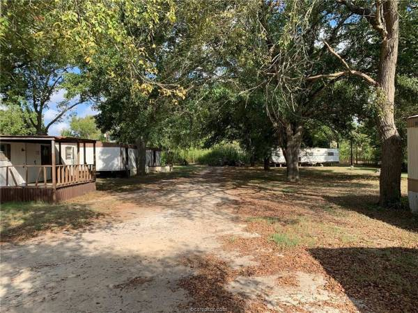 Photo MOBILE HOMES FOR SALE OR RENT (Calvert, TX)