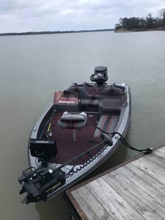 Photo Ranger Boat - $7,000 (Bryan Tx)