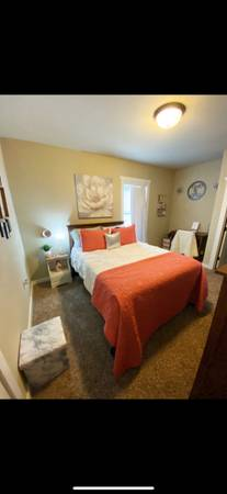 Photo The Cottages of College Station All Girl Room Sublease DEAL (College Station)