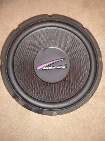 Photo 12 inch Audiobahn Subwoofer - $5 (COLUMBIA)