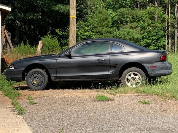 Photo 1998 Mustang GT roller - $700 (Chapin)