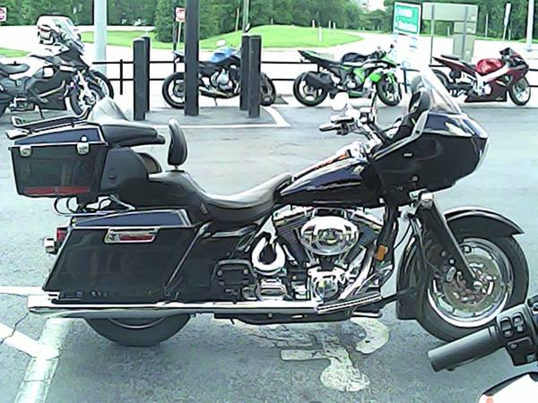 Photo 2000 HARLEY-DAVIDSON ROAD GLIDE - $8,995 (COLUMBIA, SC)