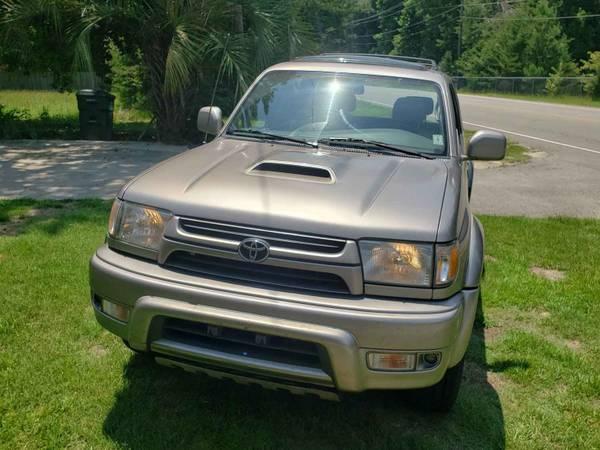 Photo 2002 Toyota 4Runner SR5 - $7,000