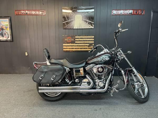 Photo 2005 Harley Davidson Dyna Wide Glide - $7,900 (Lexington SC)