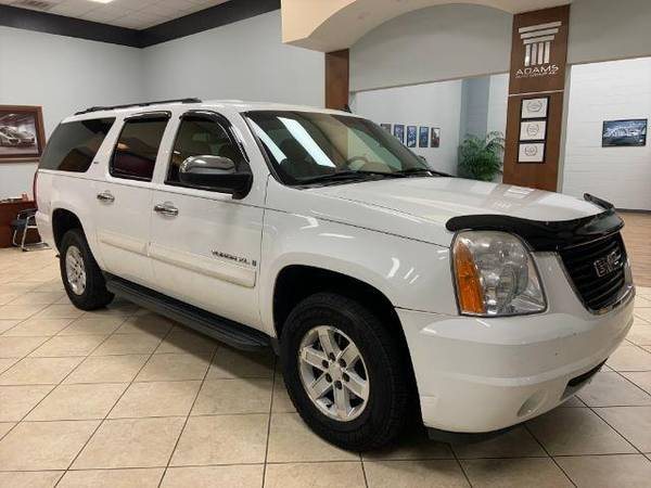 Photo 2007 GMC Yukon XL - Call 910-292-4093 - $13500 (2007 GMC Yukon XL Adams Auto Group)