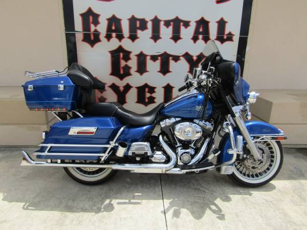 Photo 2010 HARLEY-DAVIDSON ELECTRA GLIDE CLASSIC - $10,995 (COLUMBIA, SC)