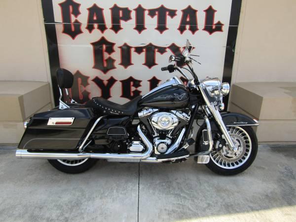 Photo 2012 HARLEY-DAVIDSON ROAD KING - $11,995 (COLUMBIA, SC)