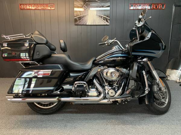 Photo 2013 Harley Davidson Road Glide Ultra - $13,900 (Lexington SC)