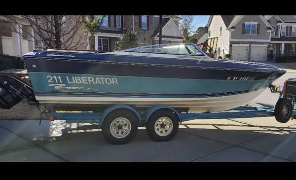 87 Fourwinns Liberator - $7,500 (Lexington)