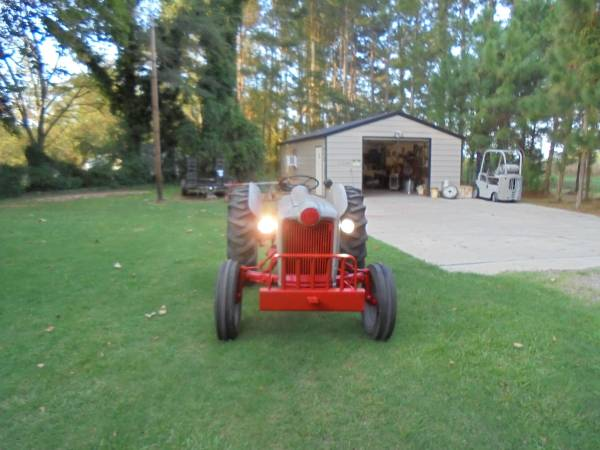 Photo FORD NAA TRACTOR - $3300 (SUMTER SC)