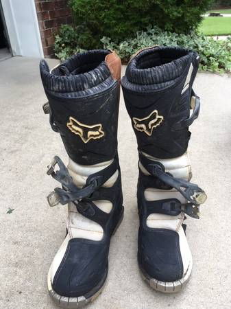 Photo Fox Racing Boots - $60 (Camden)