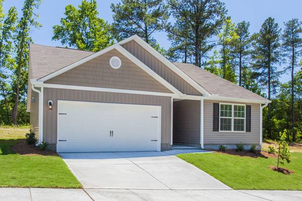 Photo Going....Going.....Call before this one is GONE Brand New 3 BR (ColumbiaLexington area)