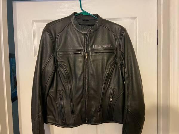 Photo Harley Davidson womens leather jacket - $135 (Chapin)