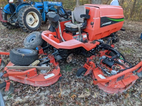 Photo Jacobsen diesel mower - $3,000 (Blackstock)