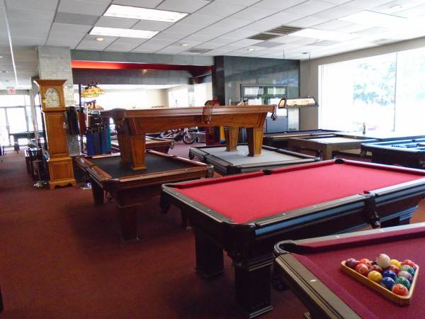 Photo NEW AND USED POOL TABLE SALE (COLUMBIA (and surrounding))