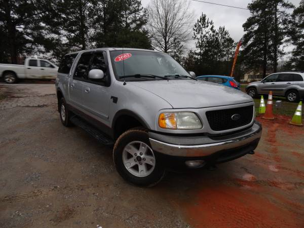 Photo REALLY NICE 2002 Ford F-150 4x4 Supercrew - $6995 (exit 91 chapin off rt 26)