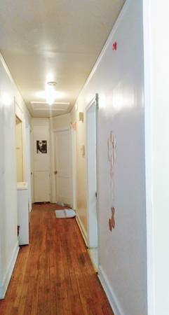 Photo ROOM FOR RENT in A 3 Bedroom House (Columbia)