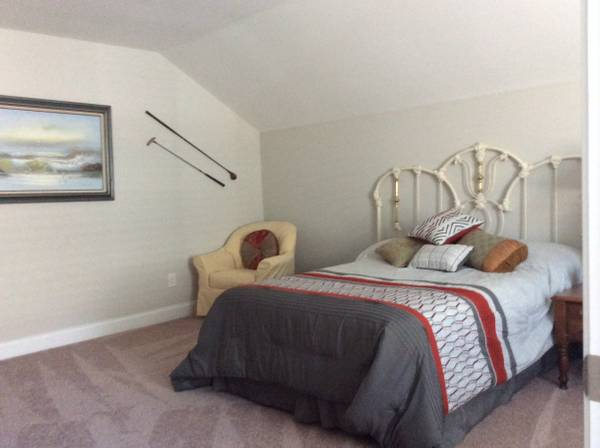 Photo Room for rent, private entrance  bathroom (Irmo)