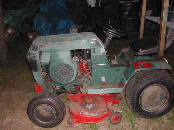 Photo Toro Wheel Horse Mower - $900 (Columbia)