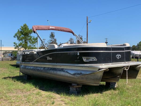 Photo UB-1060 2014 Tahoe Tritoon Cascade DRL90hp Etec - $18,995 (Carolina Boatworks)