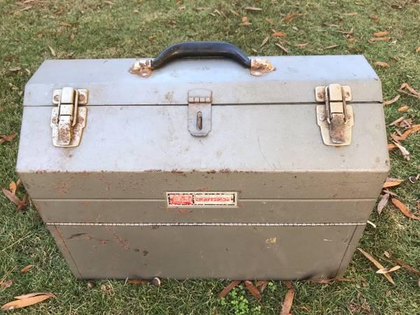 Photo Vintage Craftsman tool box - $75 (Columbia)