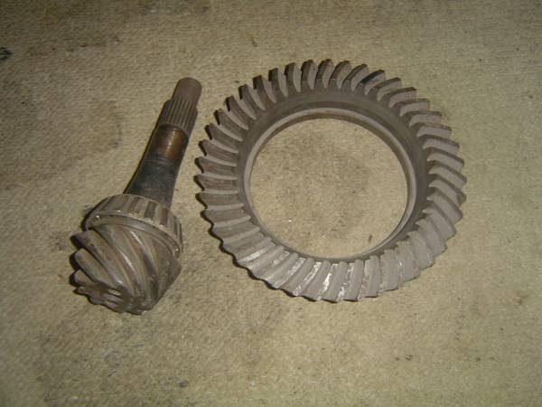 Photo 10 BOLT CHEVY - GM GEAR - RING  PINION - 4.67 RATIO (COLUMBUS South West)