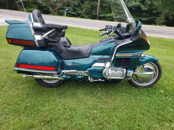 Photo 1996 Honda Goldwing GL 1500 Aspencade - $4,400 (Columbus Carroll)