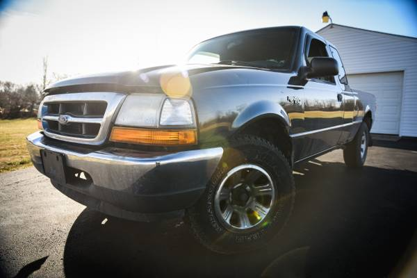 Photo 2000 FORD RANGER EXT CAB 119000 MILES RUNS GREAT $1995 CASH SPECIAL - $1995 (WWW.GLORYAUTOSALESLTD.COM)
