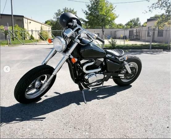 Photo 2004 Suzuki VZ800 Bobber - $3,800 (Downtown)
