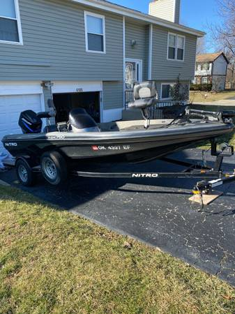 Photo 2005 Nitro Bass Boat wtrailer - $7000