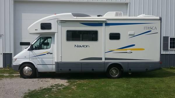 Photo 2006 Sprinter Itasca Navion Winnebago View - $39,500 (Napoleon)
